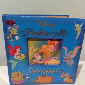 Disney Read to Me Grandma 314 Pages Gilded Book